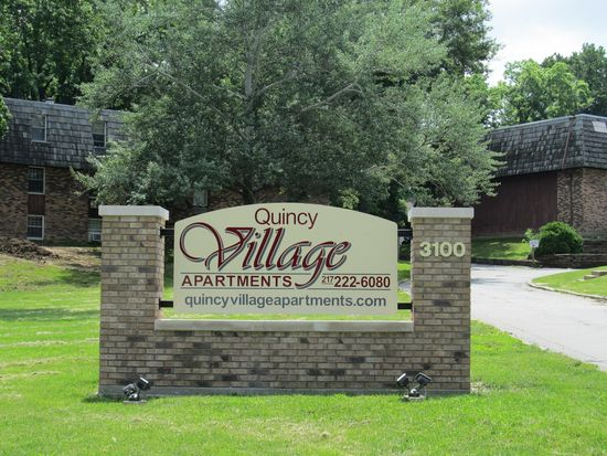 3100 state st apt h45 quincy il 62301 zillow for Bathroom remodel quincy il