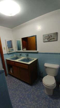 Pine St Waterbury CT Zillow - Bathroom remodeling waterbury ct
