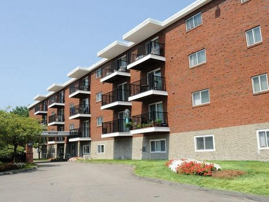 APT: 1 Bedroom Apartment - Highland House Apartments in Randolph, MA ...
