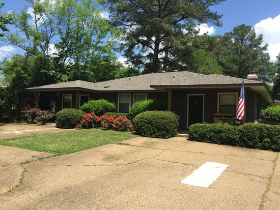 Outstanding 110 E Ford St Apt 3 Ridgeland Ms 39157 Zillow Home Interior And Landscaping Ologienasavecom