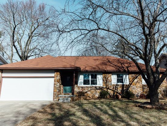 1103 e rosebrier st springfield mo 65807 zillow solutioingenieria Image collections