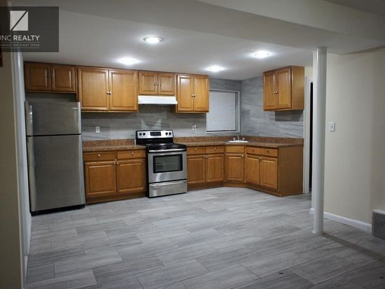 1326 Waring Ave W Bronx Ny 10469 Zillow