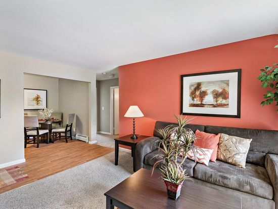 Eagle Pointe Apartment Rentals New London Ct Zillow