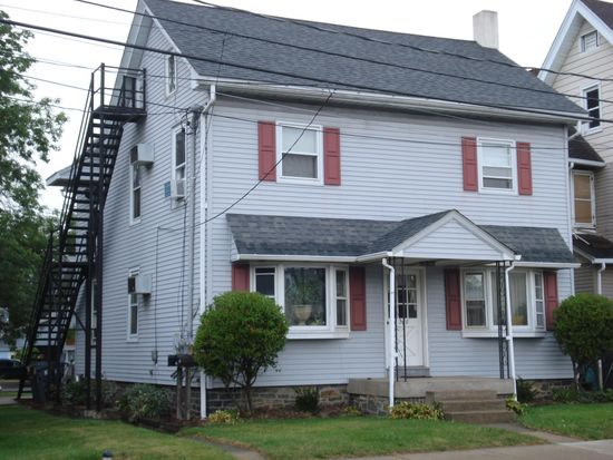208 Front St # 208A, Quakertown, PA 18951   Zillow