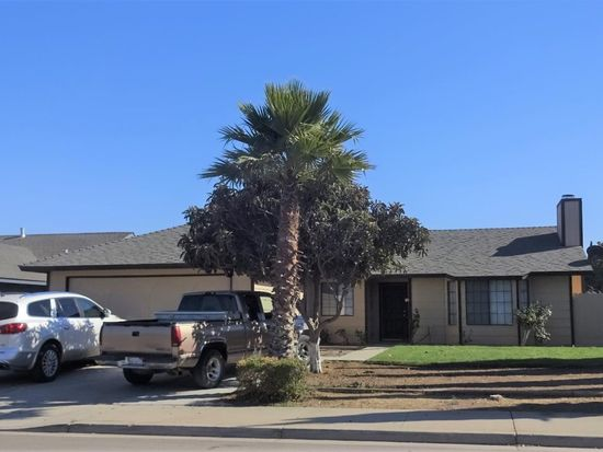277 Riesling Ave Greenfield Ca 93927 Zillow