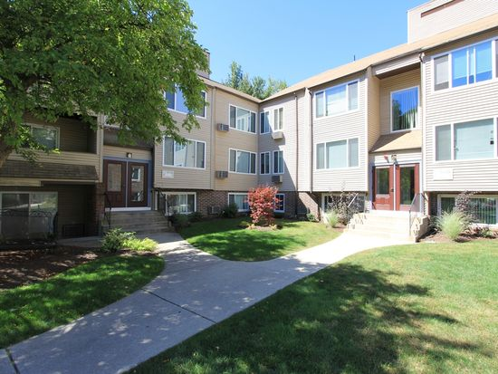 Massachusetts · Worcester · 01604; Redwood Hills Apartments