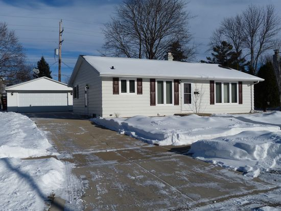 1012 w lindbergh st appleton wi 54914 zillow solutioingenieria Image collections