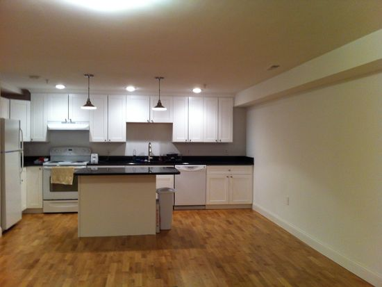 43 Lancaster St, Worcester, MA 01609 | Zillow