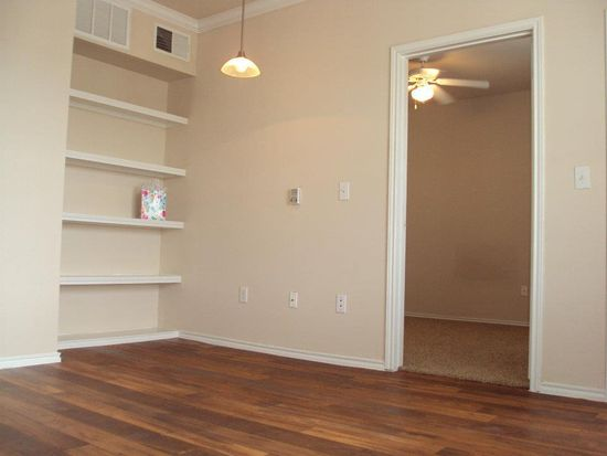 Deer Creek Apartment Rentals - San Antonio, TX | Zillow