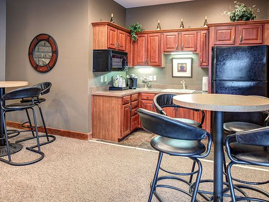 Remarkable 3311 Renwood Blvd 1 Bedroom B Louisville Ky 40214 Zillow Download Free Architecture Designs Scobabritishbridgeorg