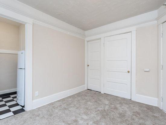Doricourt Apartments Double Studio Floorplan 1126 Sw 12th Ave Portland Or 97205