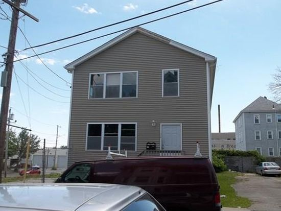 Awesome 178 Collette St New Bedford Ma 02746 Zillow Home Interior And Landscaping Ponolsignezvosmurscom
