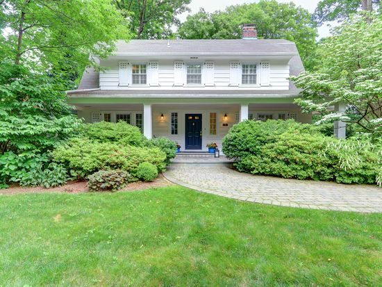 33 Windsor Rd Great Neck