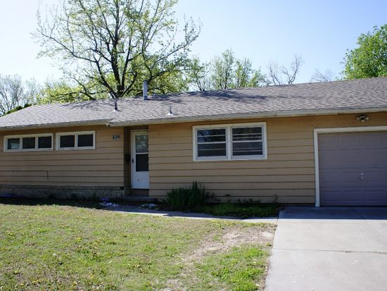 2033 W Columbine Ln, Wichita, KS 67204 | Zillow
