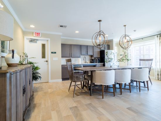 Residences At Riverwalk Apartment Rentals Manchester Nh Zillow