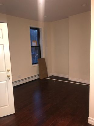 744 Lincoln Ave Brooklyn Ny 11208 Zillow
