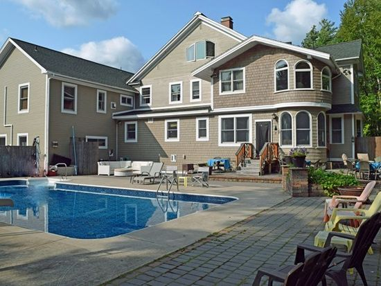 Tremendous 35 Old Military Rd Saranac Lake Ny 12983 Zillow Home Interior And Landscaping Mentranervesignezvosmurscom