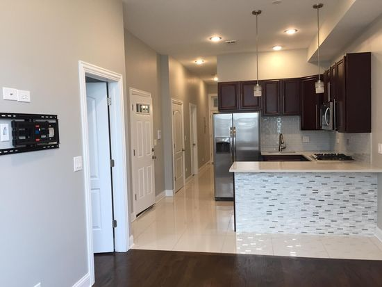 1724 W Hastings St, Chicago, IL 60608 | Zillow