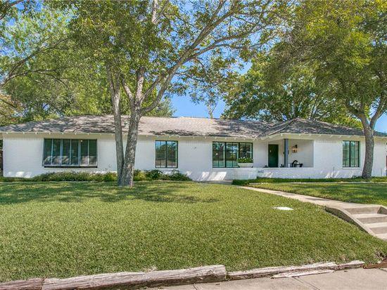 Swell 6612 Santa Anita Dr Dallas Tx 75214 Zillow Home Interior And Landscaping Ponolsignezvosmurscom