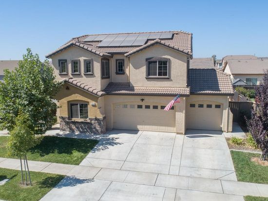 5584 Bloom Dr, Linda, CA 95901 | Zillow on