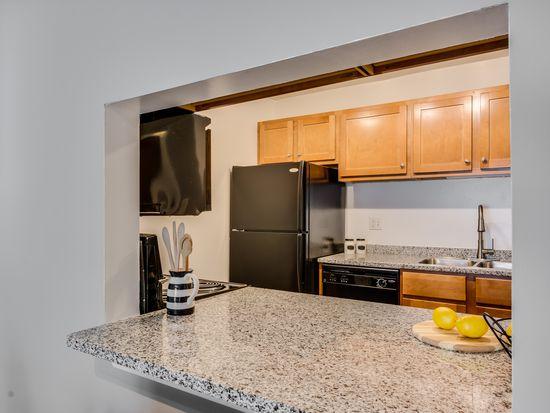 APT: One Bedroom, One Bath (A3) - Oak Park City Apartments in Oak ...