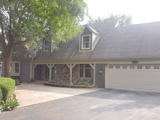 3705 W Sherbrooke Dr Mequon WI 53092