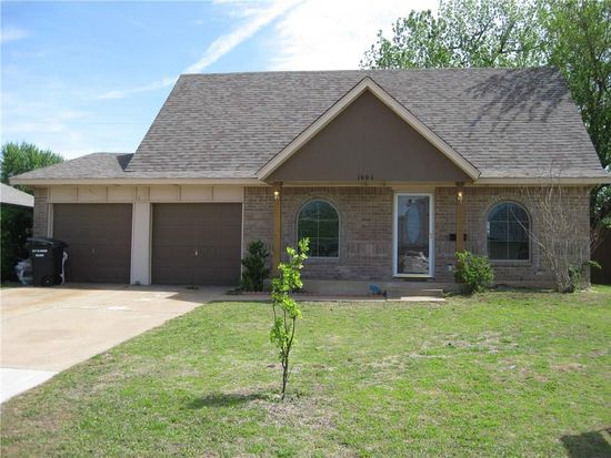 1004 Eagle Dr Moore Ok 73160 Zillow