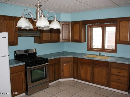 60 Maxwell St, Wilkes Barre, PA 18702 | Zillow