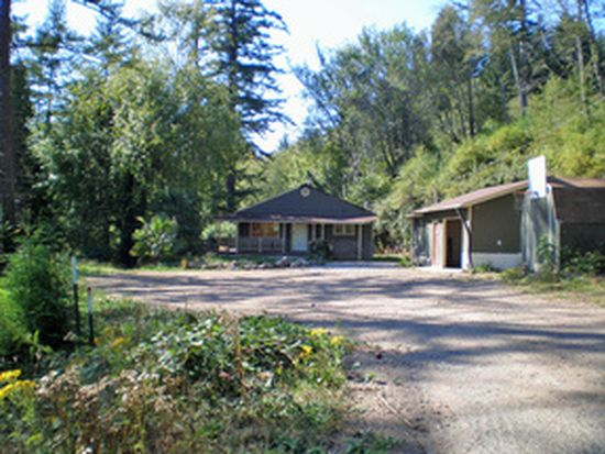 98639 n bank chetco river rd brookings or 97415 zillow for Chetco river resort cabins brookings oregon
