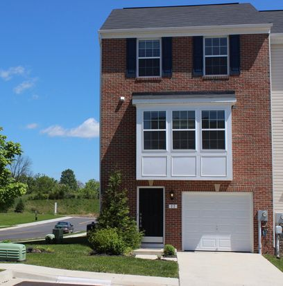 & 11 Wayside Ct Falling Waters WV 25419 | Zillow