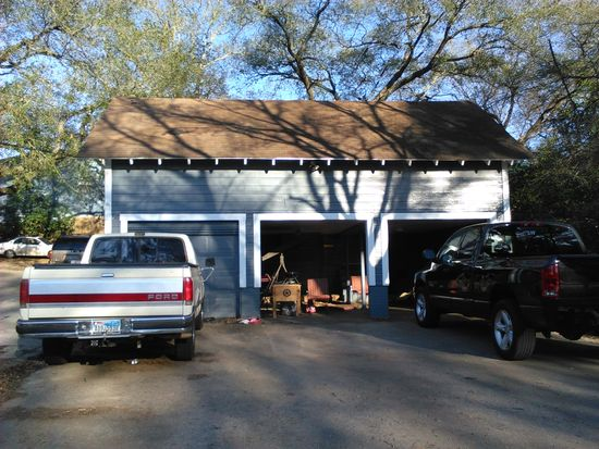 2330 Pearl St Nacogdoches Tx 75965 Zillow