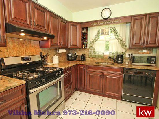 26 Sylvan St Lincoln Park NJ 07035