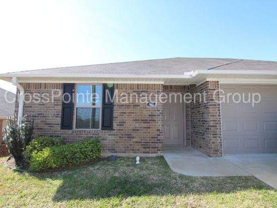 Texas · Tyler · 75701; 3 Bed, 1250 Sqft, $1,195