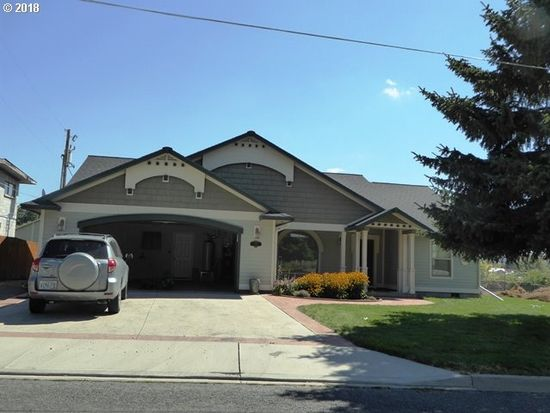 Enjoyable 630 Foothill Dr Baker City Or 97814 Zillow Beutiful Home Inspiration Ommitmahrainfo