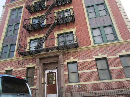 ... Bramhall Condominiums; Apartment 4D