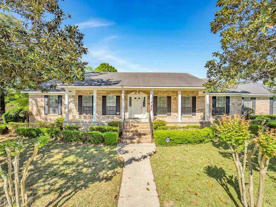 1050 regal dr mobile al 36609 zillow rh zillow com