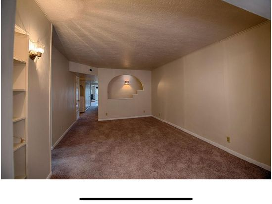 2513 Cardenas Dr Ne Albuquerque Nm 87110 Zillow