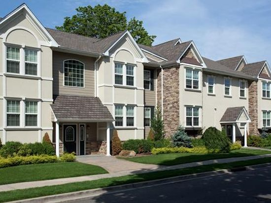 Fairfield Courtyard At Farmingdale Apartment Rentals Ny Zillow