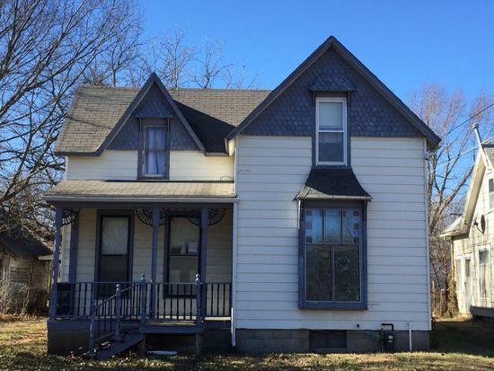 230 W 2nd Ave, Garnett, KS 66032