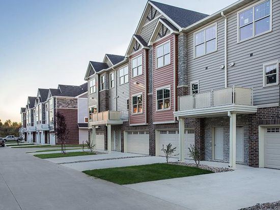 aspire townhomes west des moines ia zillow