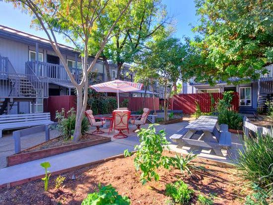 Eastern Palms Apartments