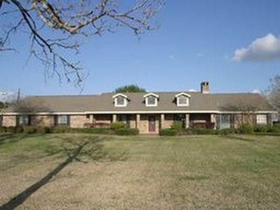 1725 highway 326 s sour lake tx 77659 zillow for Sour lake motors tx