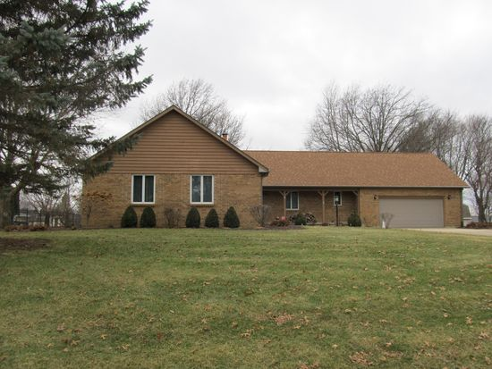 41 Carriage Hill Dr Sterling Il 61081 Mls 10694555 Zillow