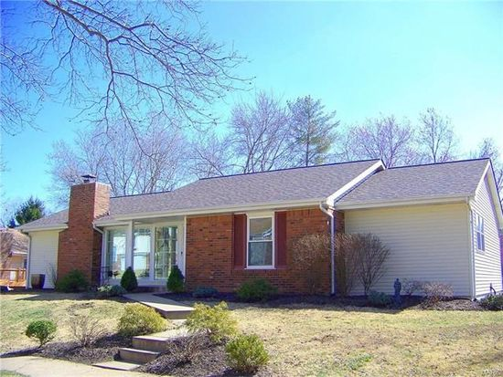 827 country stone dr manchester mo 63021 zillow