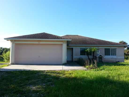 2540 6th Ave Se Naples Fl 34117 Zillow
