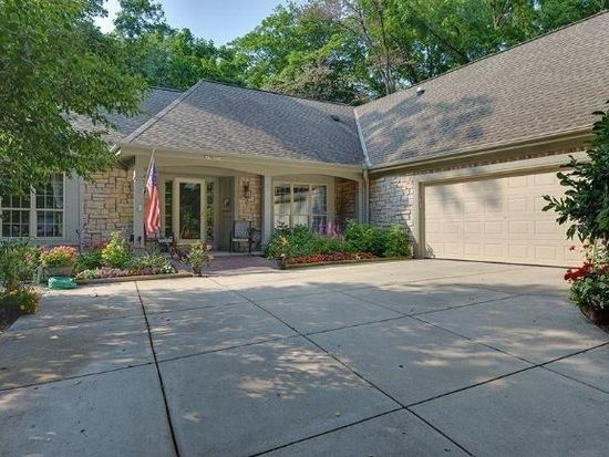 N75W22549 Chestnut Hill Rd, Sussex, WI 53089 | Zillow