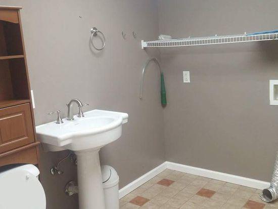 Whitehall Dr Clarksville TN Zillow - Bathroom remodel clarksville tn