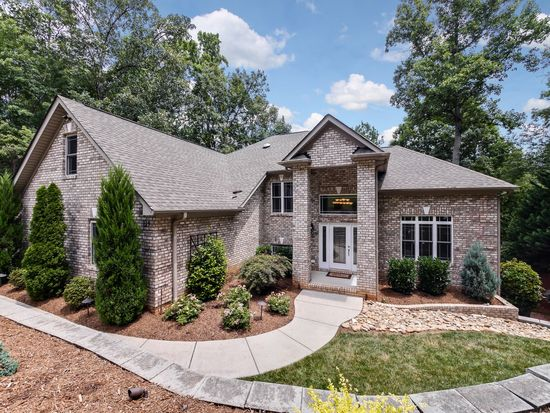 129 Ridge Top Rd, Mooresville, NC 28117 | MLS #3408230 | Zillow