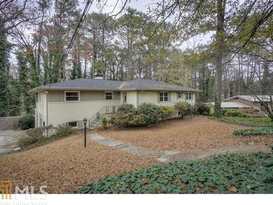 2919 Larchmont Ct NW Atlanta GA 30318