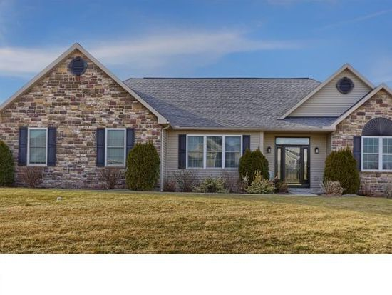 331 Woods Edge Dr, Douglassville, PA 19518 | Zillow